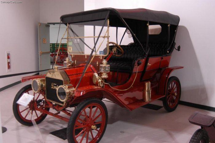 1909 Ford Model T Fuente: Conceptcarz.com