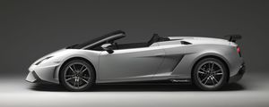 lamborghini-gallardo-lp-570-4-spyder-performante-08