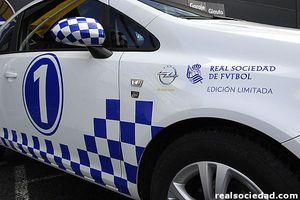 El lateral del Opel Corsa Real Sociedad