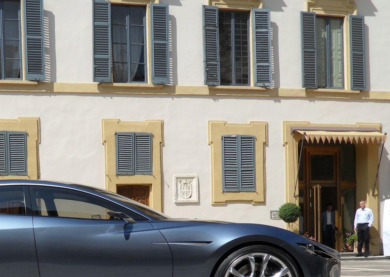 coche-hotel