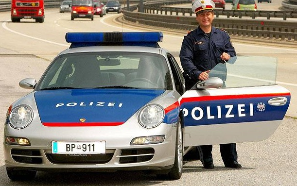 poli-austria
