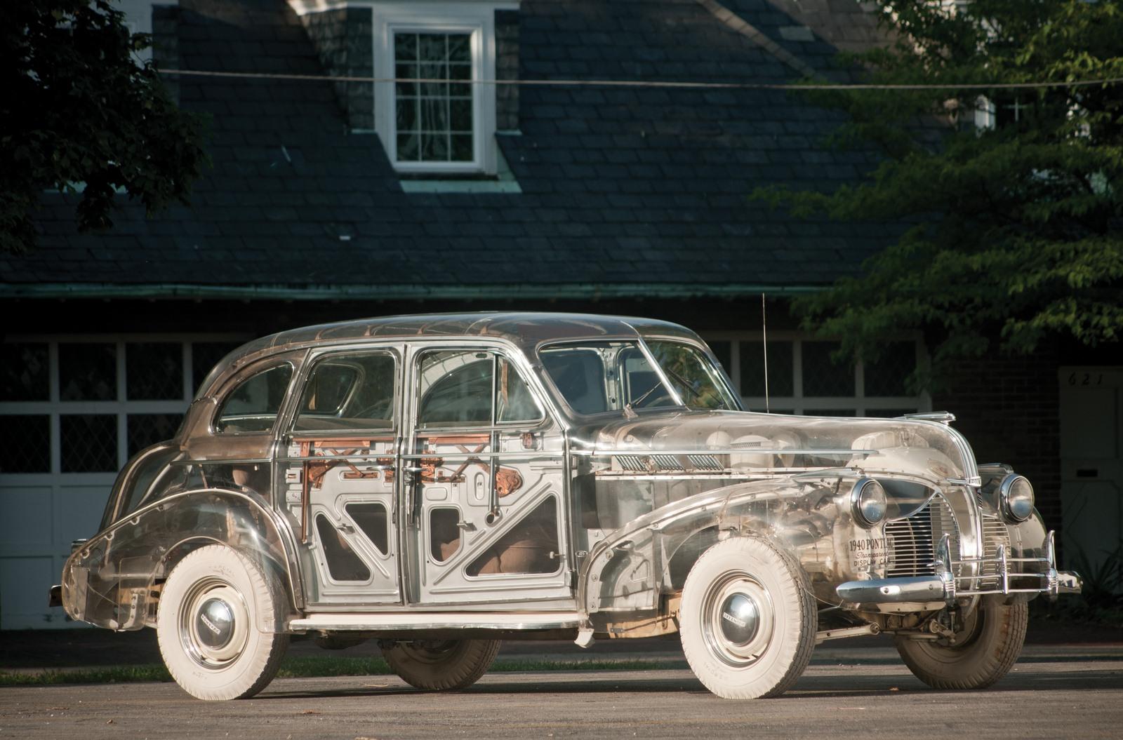 1939-pontiac-plexiglas-deluxe-six-ghost-car-1.jpg