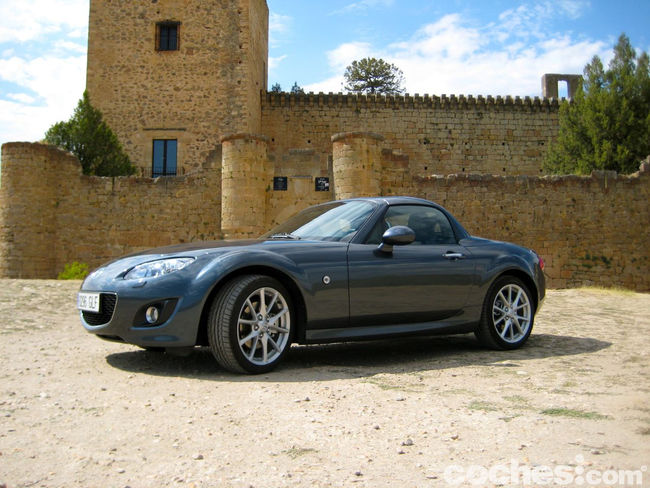 Mazda MX-5. Sierra Madrid - 1137