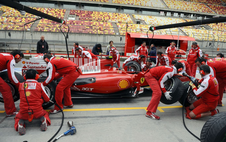 F1 pit stop wallpaper 10