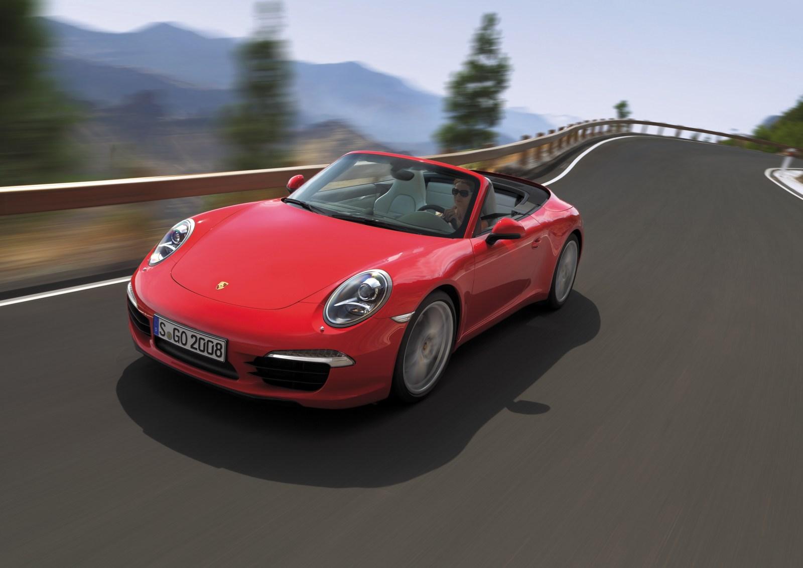 Porsche Carrera Cabriolet1