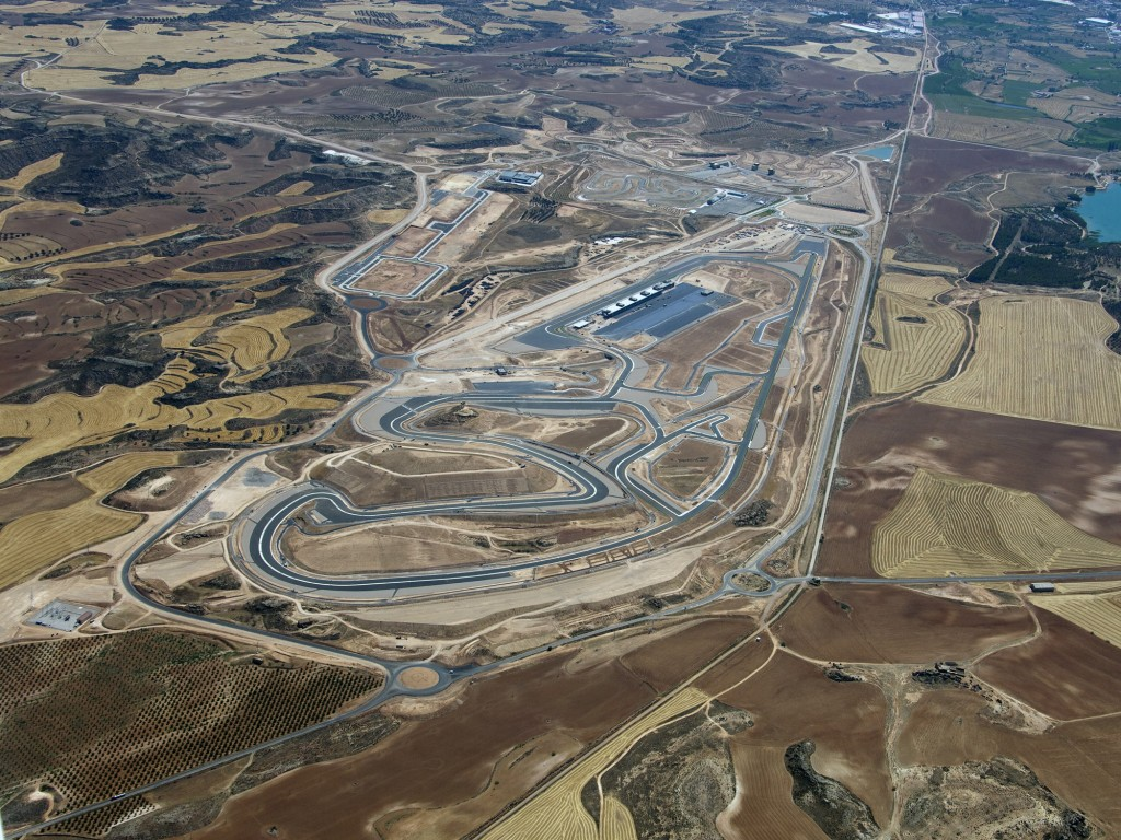 Circuito Motorland : Motorland aragón aerialtracks