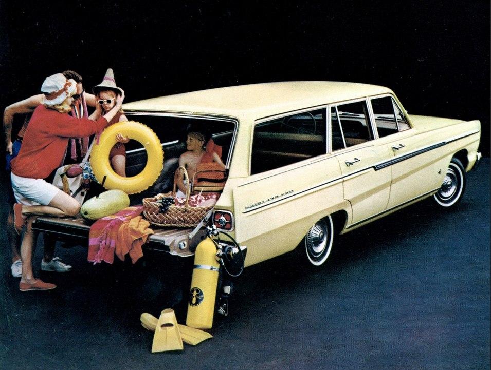 Consejos para comprar coche familiar - Coches con puertas correderas ...