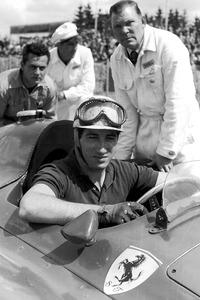 """""""Fon"""" de Portago, el primer español que pilotó para Ferrari"""