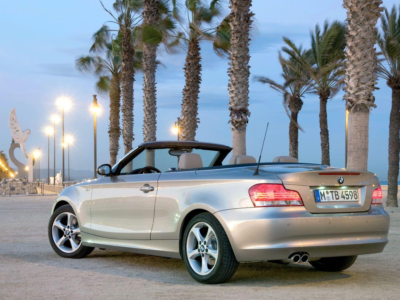 bmw serie 1 cabrio 2008 precios motores equipamientos. Black Bedroom Furniture Sets. Home Design Ideas