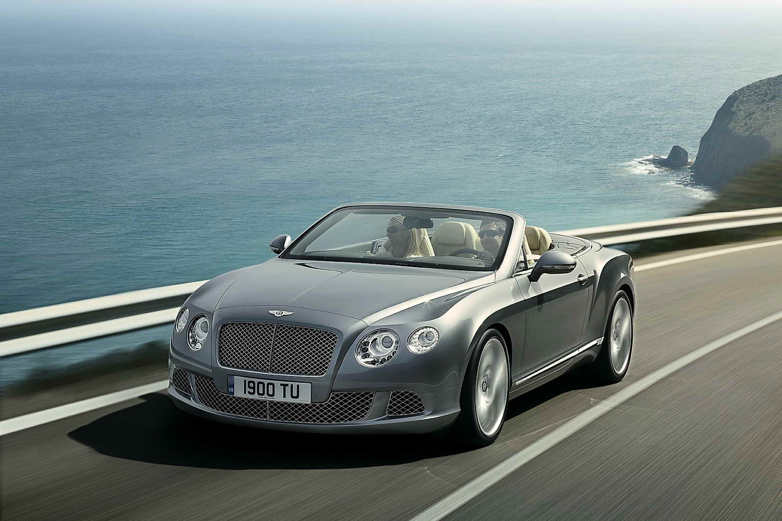 Bentley_Continental_GTC_01