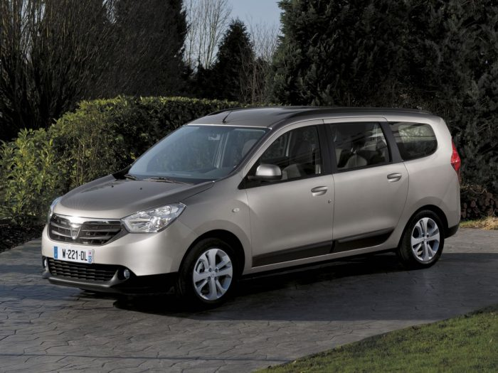 Dacia Lodgy 2012 lateral