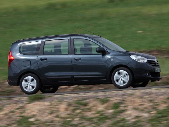 Dacia Lodgy 2012 movimiento