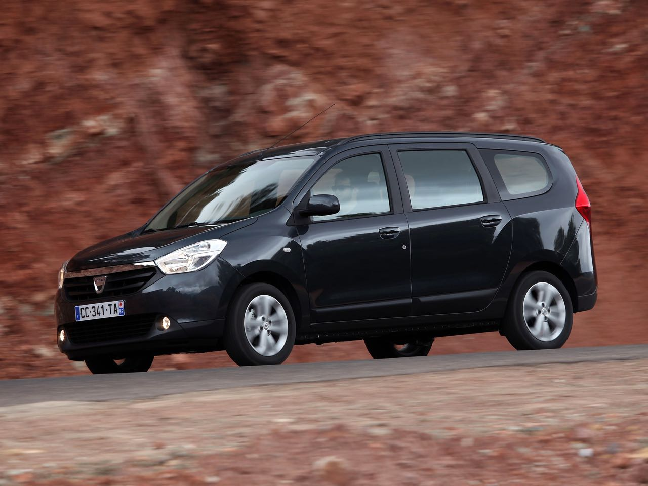 Dacia Lodgy 2012 – 6