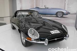 """El Jaguar E-Type, """"el coche más bello del mundo"""", según Enzo Ferrari"""
