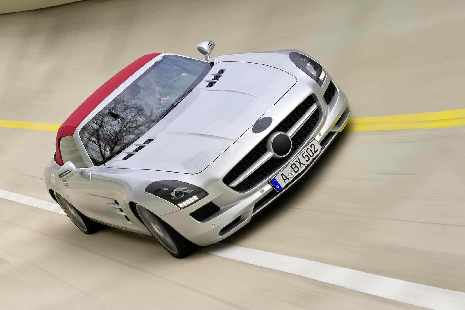 Mercedes_Benz_SLS_AMG_Roadster_02