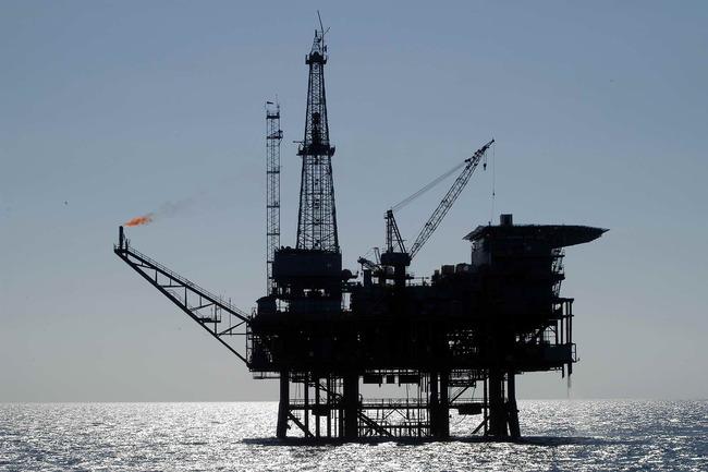 Plataforma_petrolifera_01