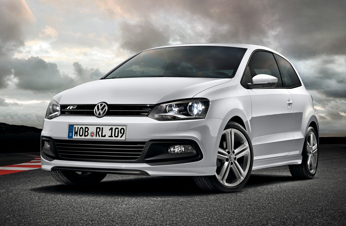 volkswagen polo r el utilitario se pone deportivo. Black Bedroom Furniture Sets. Home Design Ideas