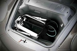 La silla cabe en el maletero de cualquier Porsche