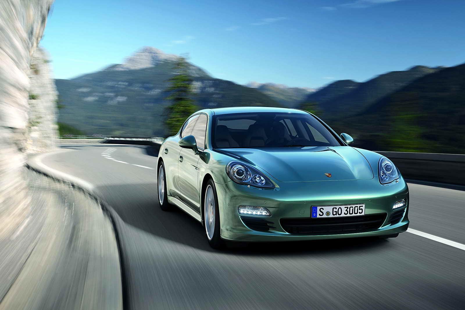 Porsche_Panamera_Diesel_05
