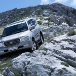 Toyota Land Cruiser 200 21