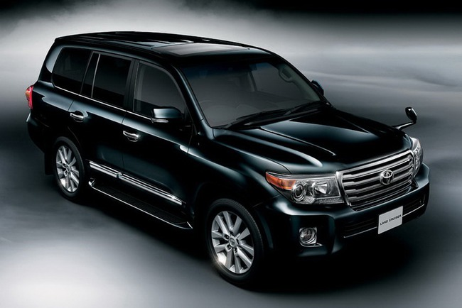 Toyota Land Cruiser 200 6