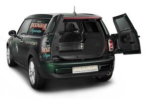 MINI pretende que este modelo sea el vehículo ideal de técnicos, personal de mantenimiento, comerciales...