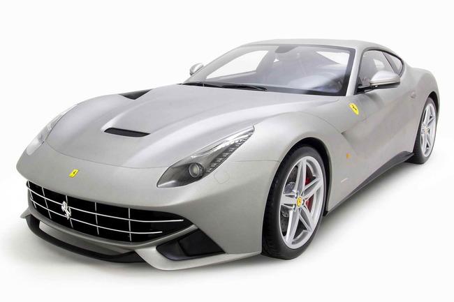 También estará disponible en breve el Ferrari F12 Berlinetta (a escala 1:4), a un precio estimado de 9.360 €