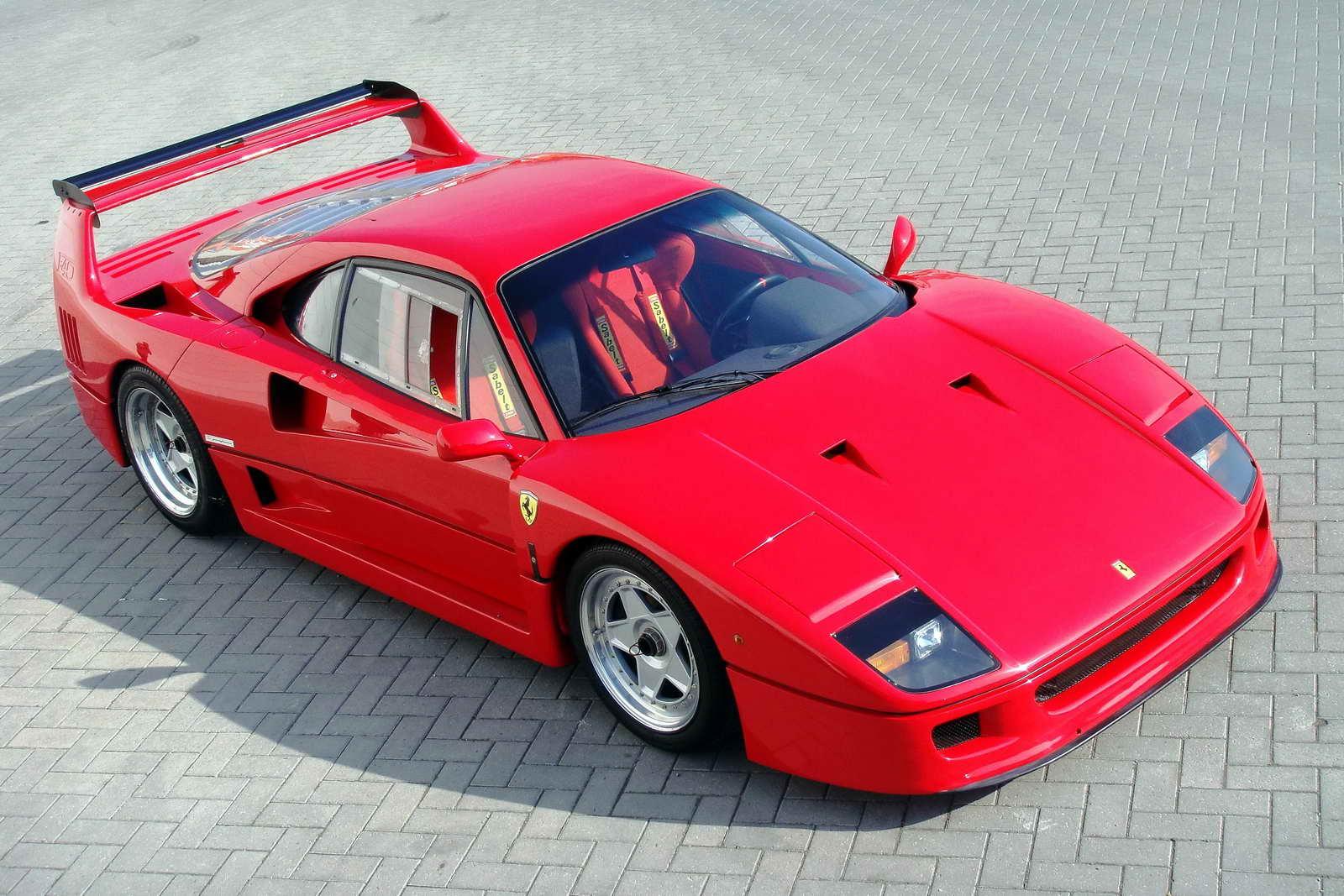 Ferrari_F40_26