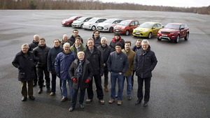 "Jurado del premio ""Car Of The Year"" 2012 junto a los finalistas"