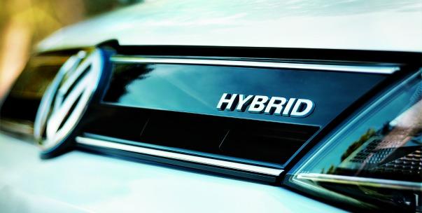 Volkswagen-Jetta-Hybrid-2012