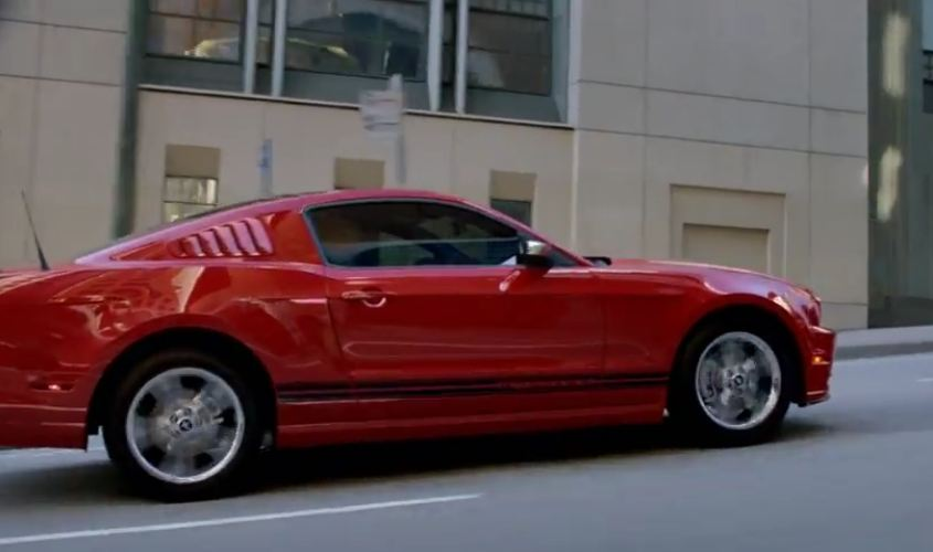 anuncio ford mustang 2012