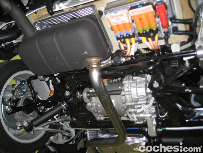 prueba Peugeot 3008 HYbrid4 - 05