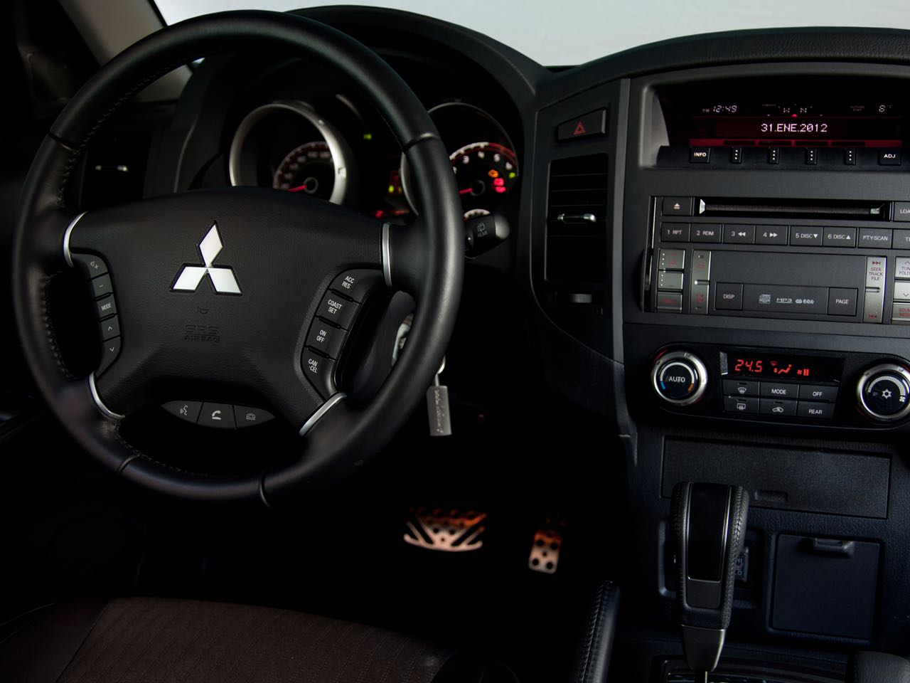 Mitsubishi Montero 2012 salpicadero