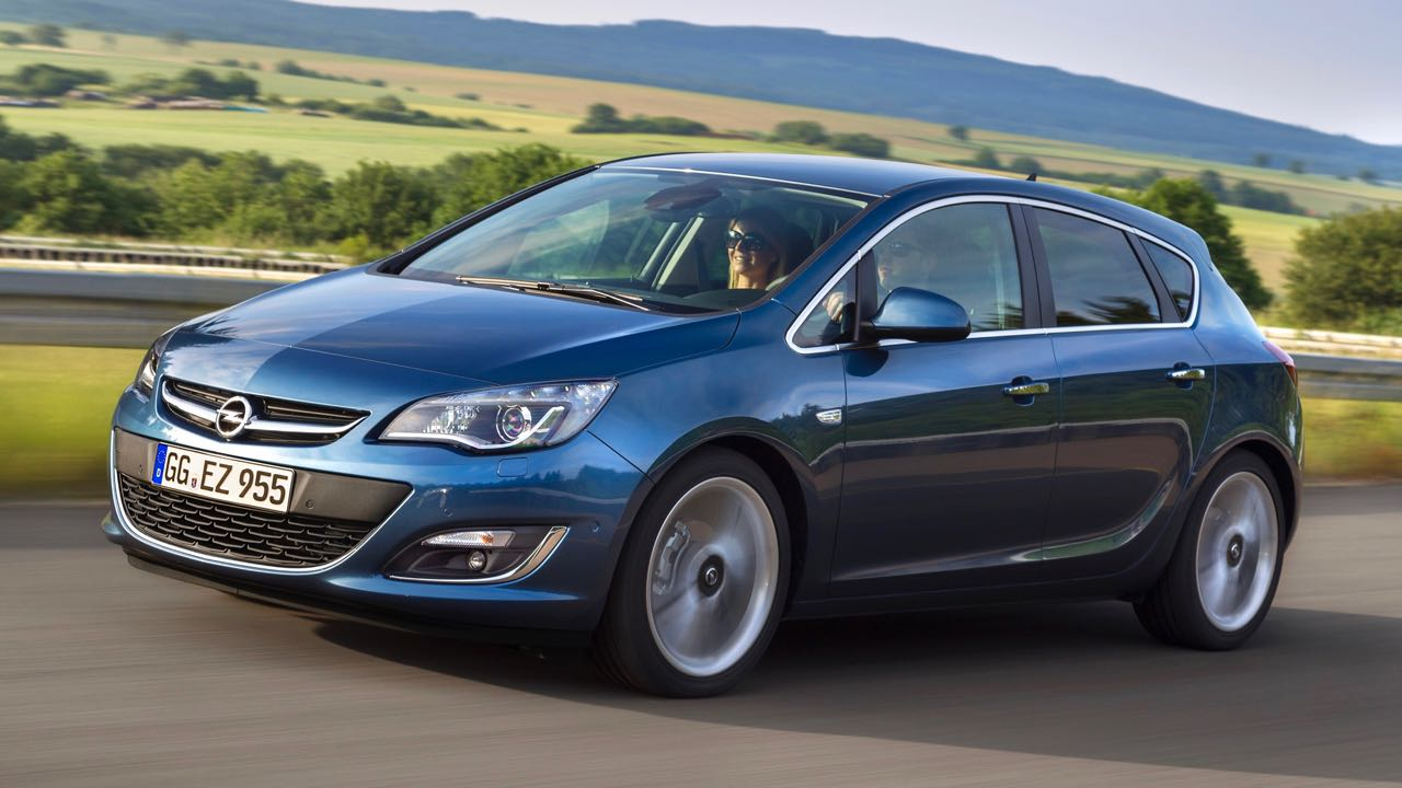 Opel Astra 2012 – 2