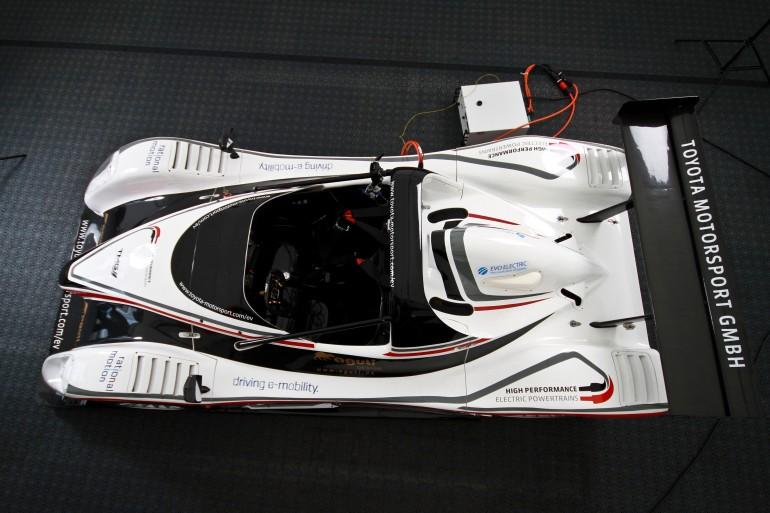 toyota-electric-racing-powertrain-tmg-ev-p002-6