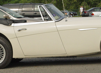 Encuentra en Internet su coche robado hace 42 años Austin-Healey-3000-Mk-III-650x216