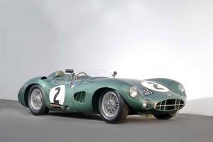 El Aston Martin DBR1 es el coche de carreras más famoso jamás construido por la marca británica