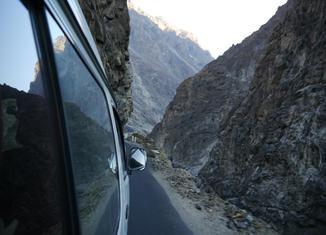 Los récords de las carreteras Karakoram-carretera-650x488