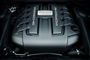 """Este es el """"corazón"""" de la bestia: un V8 de 4,2 litros de cilindrada que entrega 382 CV de potencia y 850 Nm de par"""