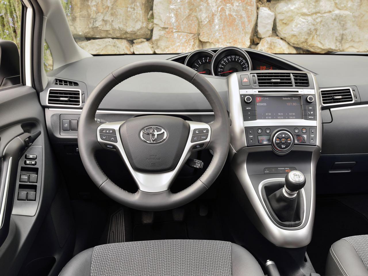 Toyota Verso 2013 Precios Motores Equipamientos