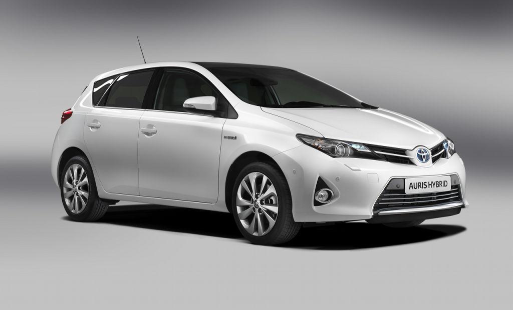 Toyota_Auris_003