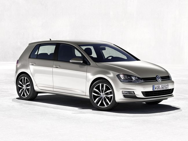 Volkswagen_Golf_7_2012_ 05