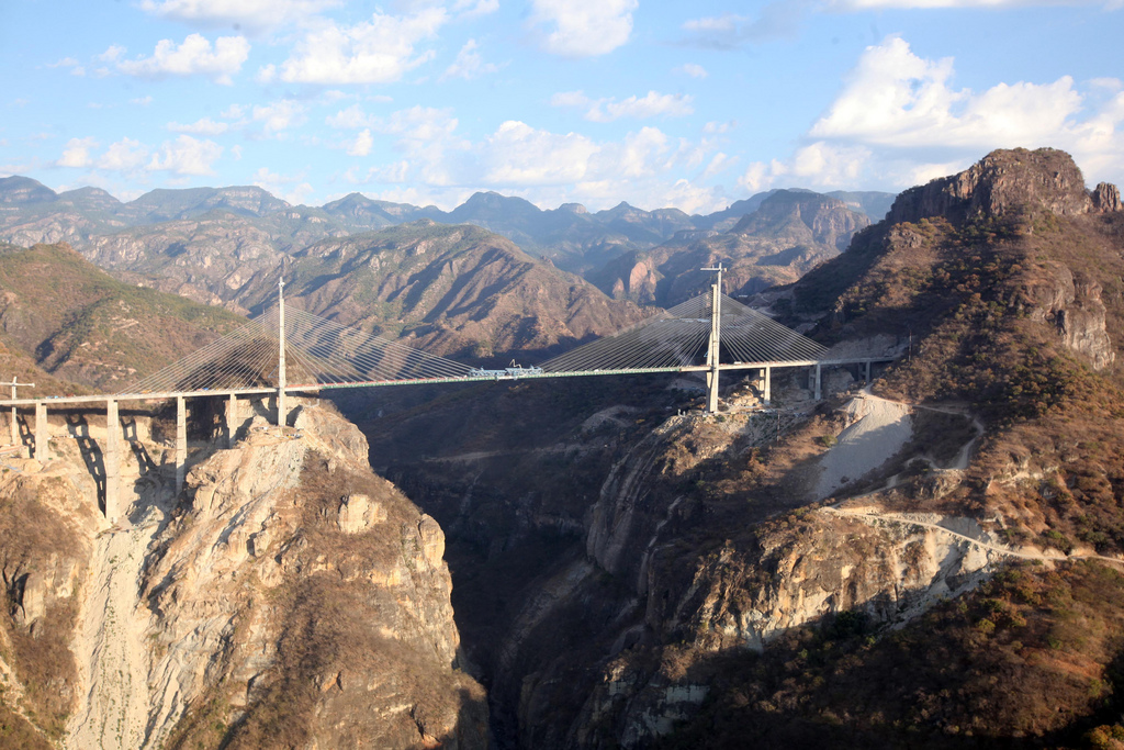 puente baluarte bicentenario
