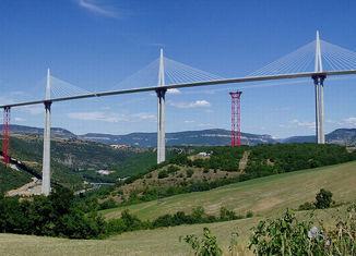 Los récords de las carreteras Viaducto-Millau-650x313