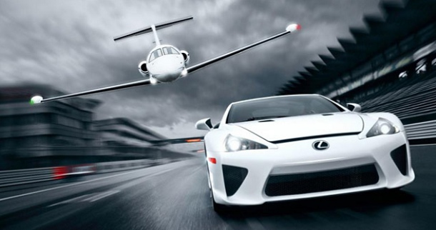 2012-Lexus-LFA-Nurburgring-Edition-avion