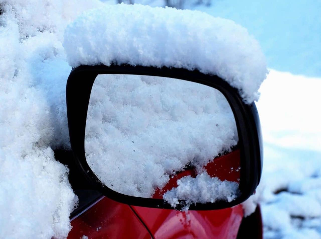 retrovisor invierno nieve
