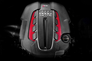 V8 TFSI biturbo de 4 litros, 560 CV y 700 Nm