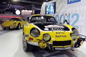 En el Salón Retromobile se ridió homenaje al Renault Alpine en su cincuentenario