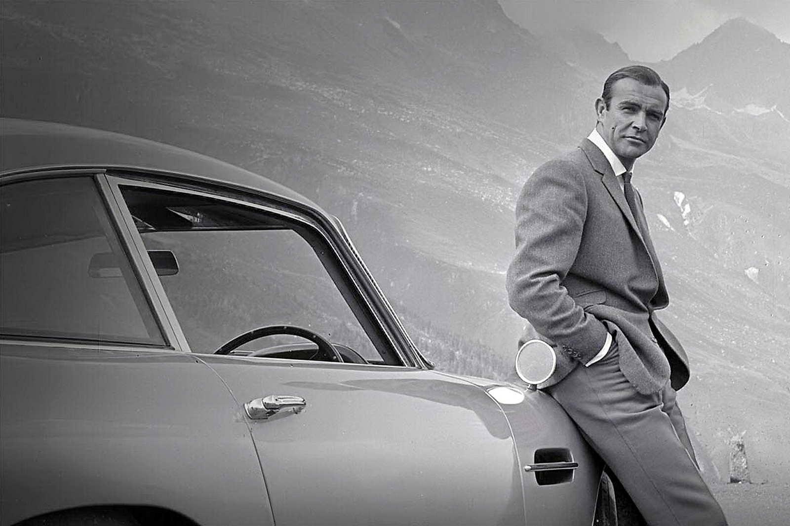 Todos_los_coches_de_James_Bond_01