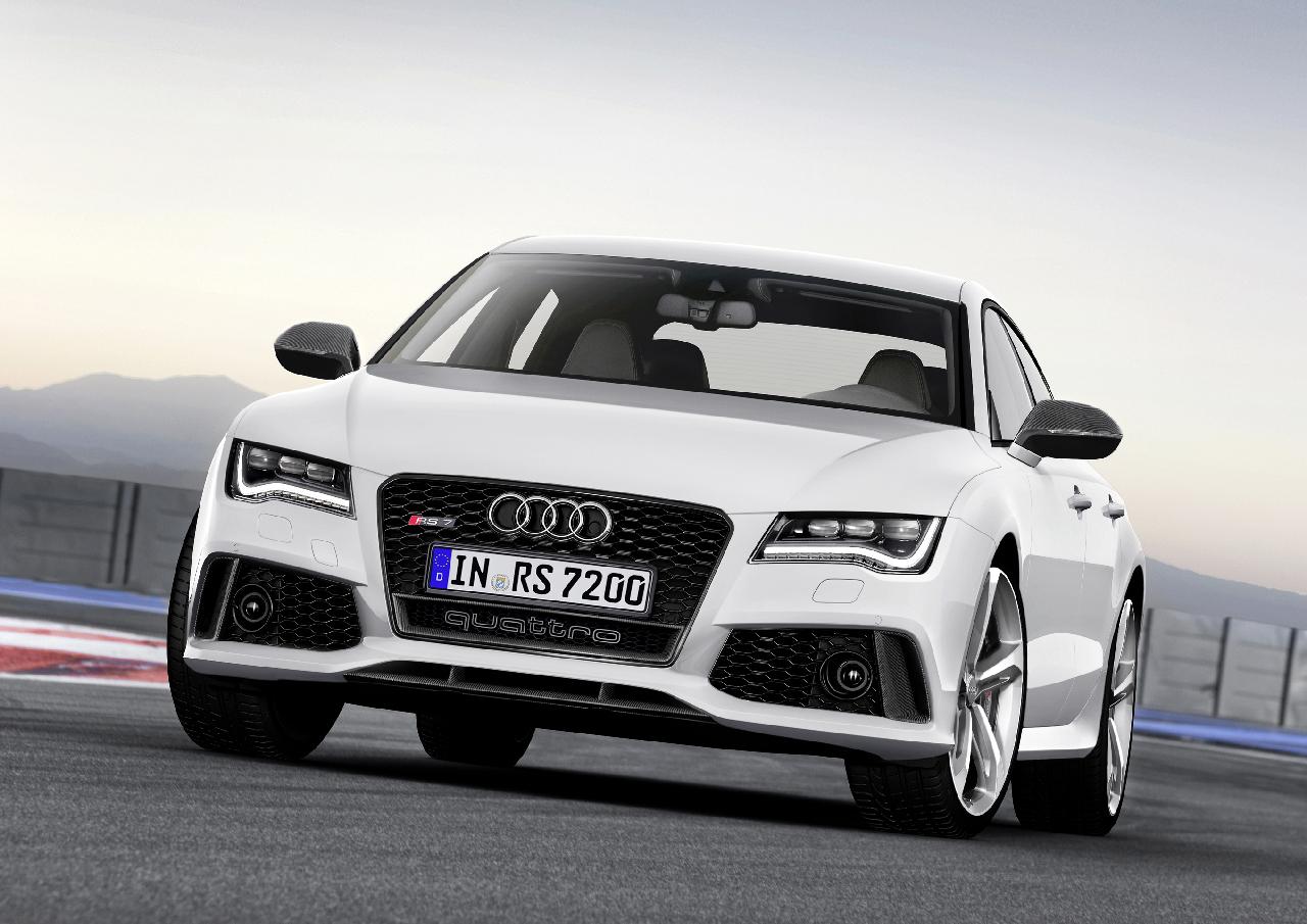 Audi_RS7_Sportback_2013_11